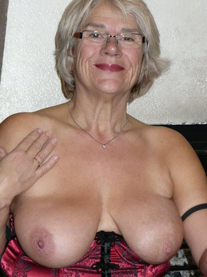 Mature lovely grannies apologise