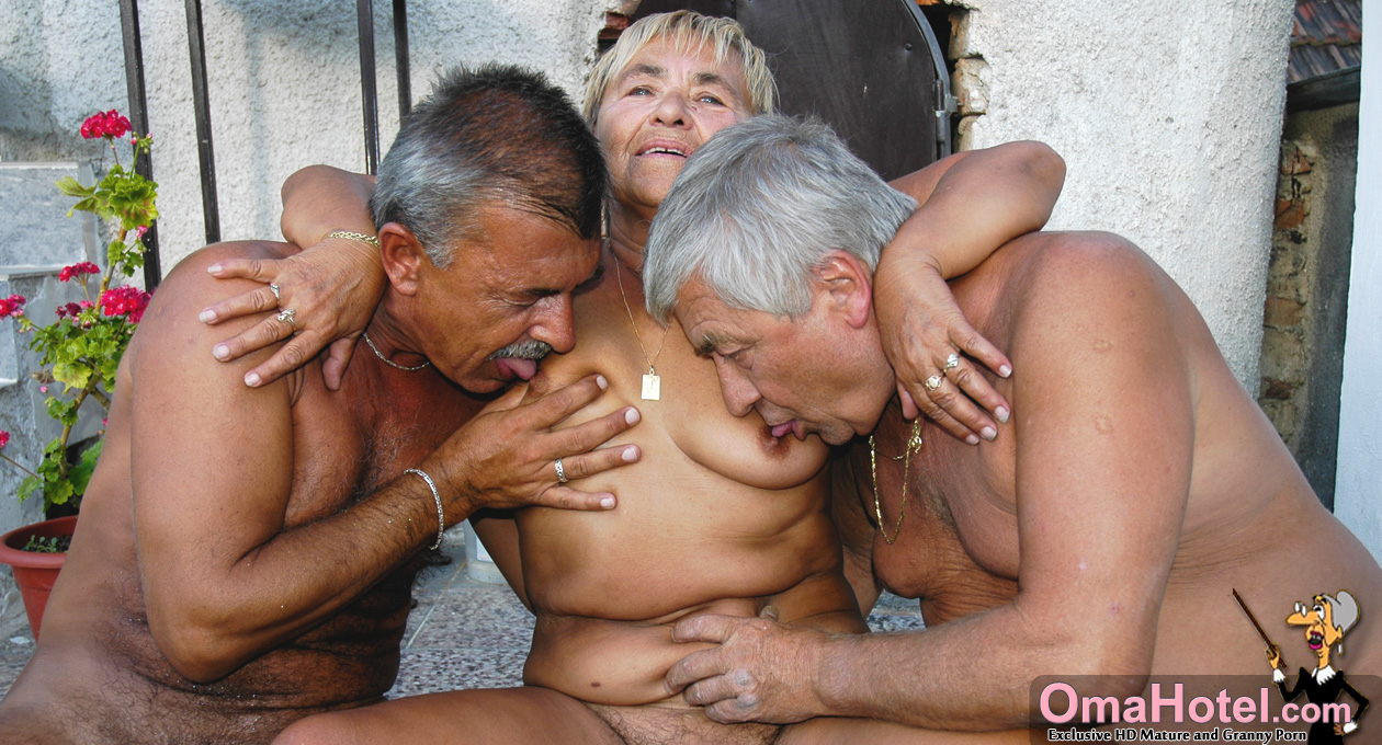 Aunty naked photo free